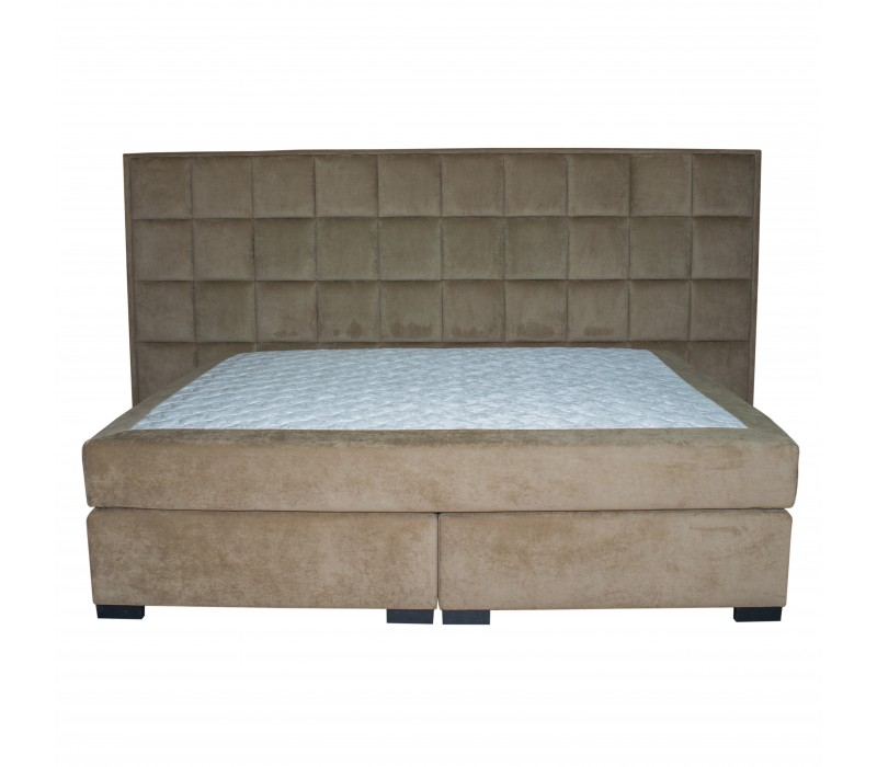 Мягкая двухспальная кровать Continental XXXL