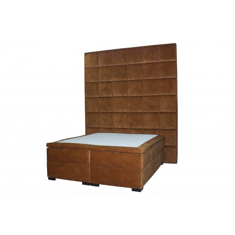 Мягкая двухспальная кровать Madison XXL